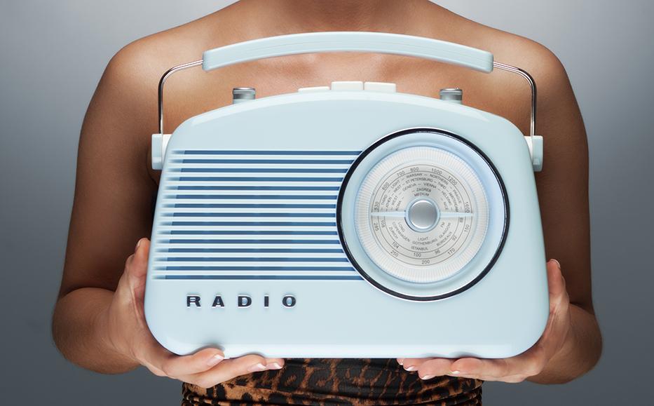 cuñas de radio contratar
